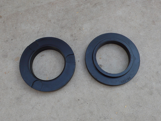 Custom Polyurathane Top Plate Retainers - 4Runner, Tacoma & FJC - Click Image to Close